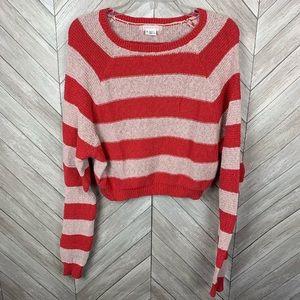 UA. Cooperative cropped crop top sweater. Medium